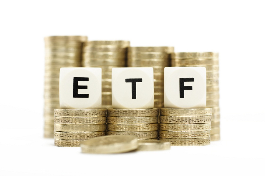 ETF providers struggle to steer institutional investors away from lower-cost retail funds