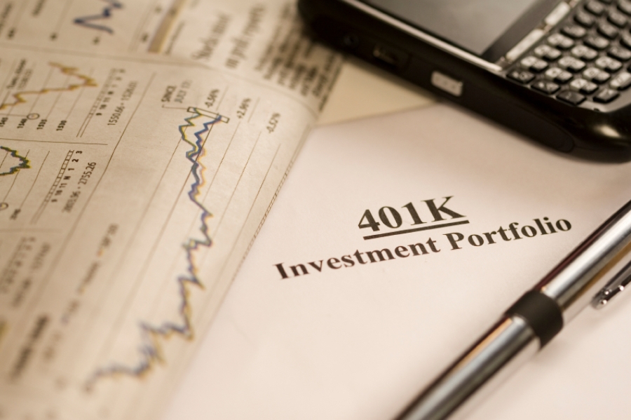 Market volatility likely to prompt 401(k) plan menu changes - InvestmentNews