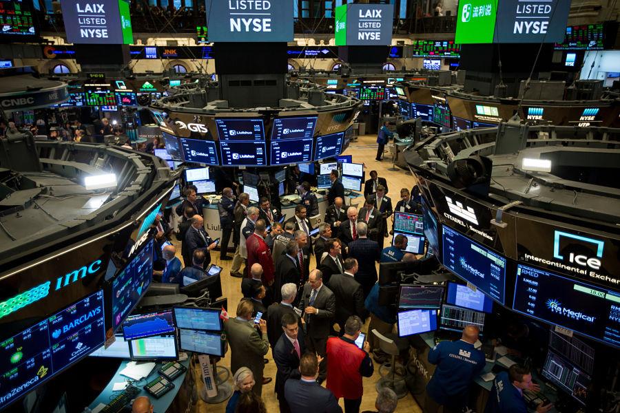 S&P 500 falls 7 per cent, triggering market-wide stock trading halt