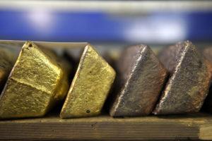 Gold ETFs attract record amounts of cash