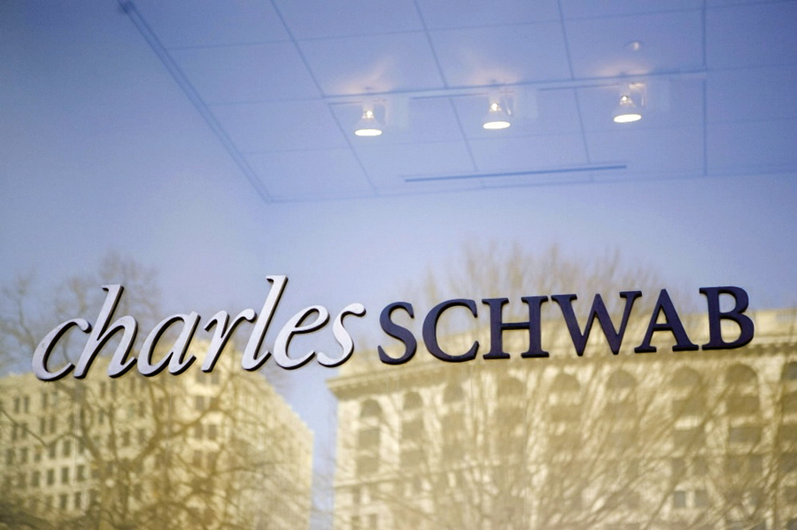 Schwab acquires Motif's technology to push deeper into ESG investing