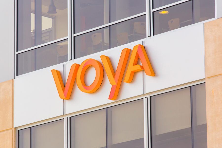 LPL, Cetera gear up for fight over Voya advisers