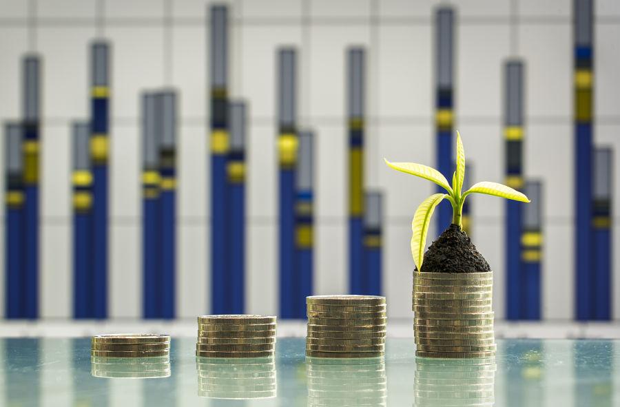 Vanguard, Fidelity fall short in ESG fund ratings