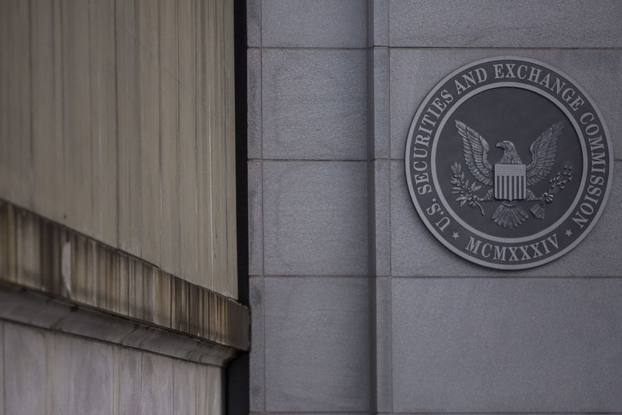Morningstar tweaked ratings of paying clients, SEC claims
