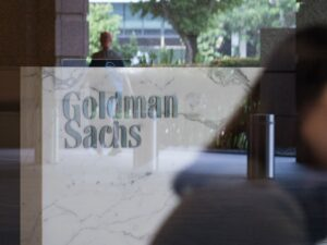 Goldman Sachs keeps cryptocurrency focus on institutional investors