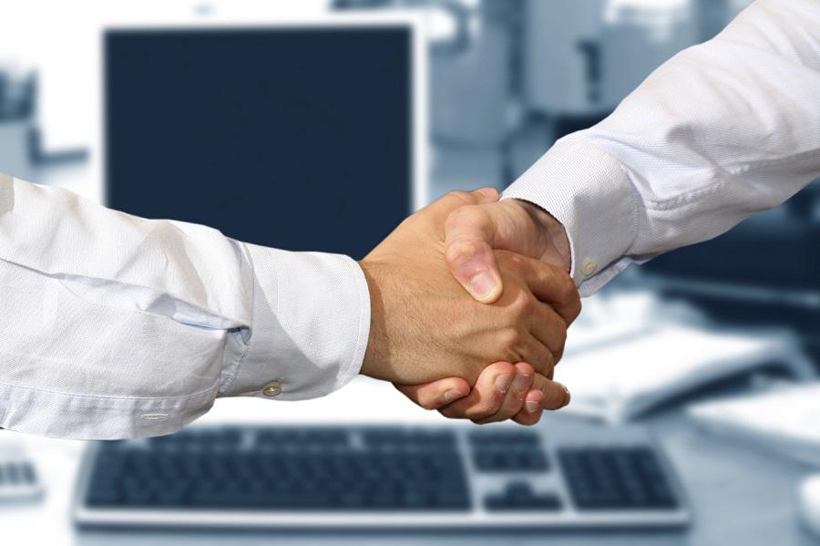 PE firm Merchant buys stake in Axiom Financial Strategies