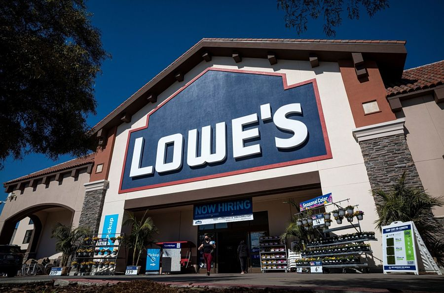 Lowe's settles 401(k) suit, another university targeted