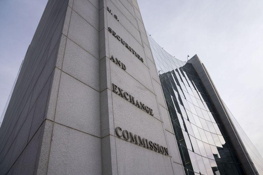 SEC fines robo-adviser Emperor Investments for false disclosures